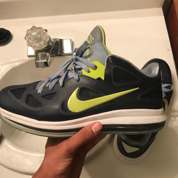 best loved b5cd7 bb355 Lebron 9 low obsidian cyber. M 5b0a3f6da825a6ef91d912cf. Other Shoes you  may like. Men s Nike ...